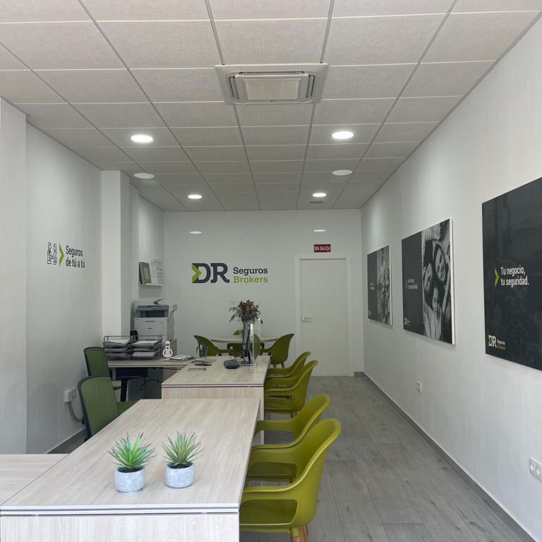 Sobre nosotros - Oficina DR Seguros Brokers l´Alfás del Pi